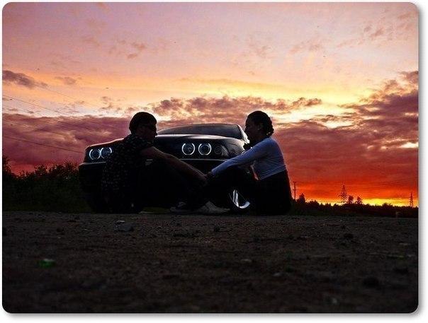 Фото он и она в машине 18 фотография